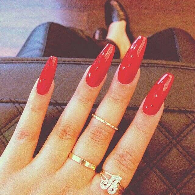 Extreme Shine High Gloss Red Manicure