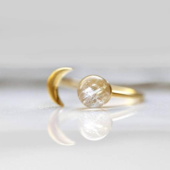 Gorgeous Rainbow Moon Stone Gold Ring