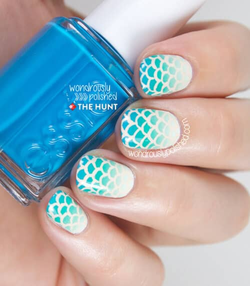 Seagreen to White Ombre Mermaid Tail Lattice