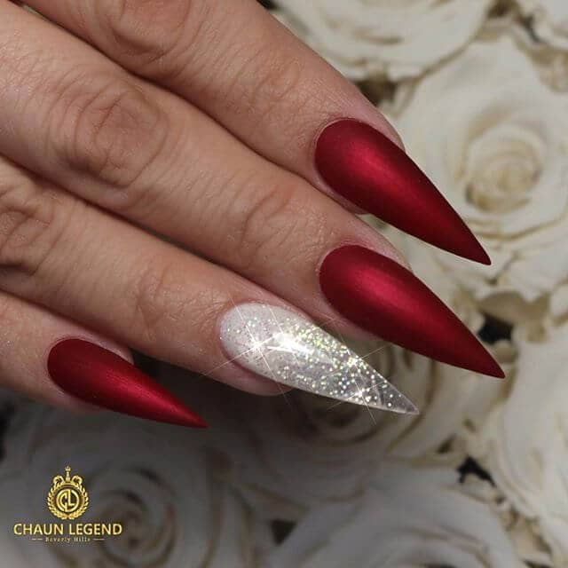 Snow White And The Huntsman Edgy Manicure