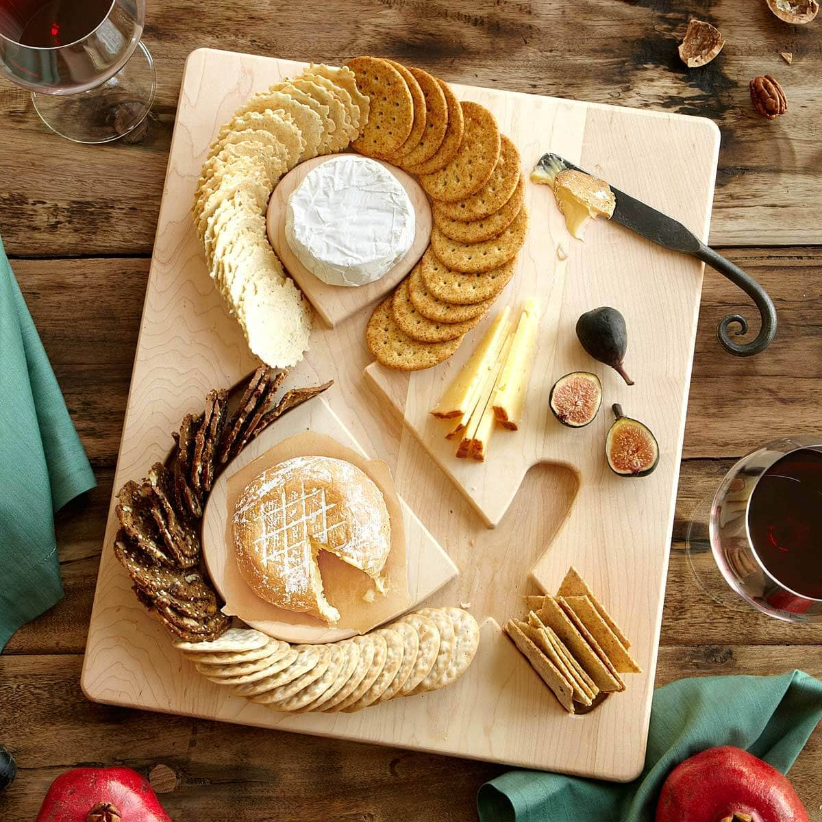 American Maple Cheese and Crackers Board