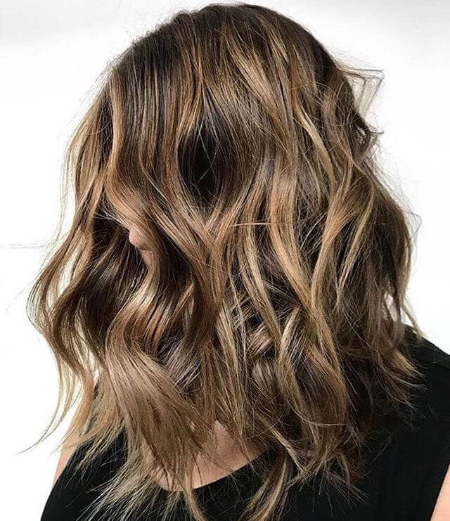 Chunky Shoulder-length Waves with Choppy Layers