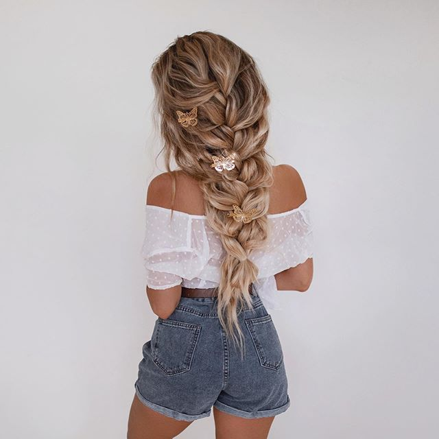 Warm Blonde Hair Color for Perfect Braids