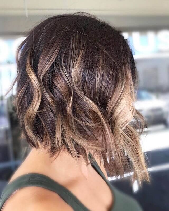 Dramatic Over-the-shoulder Lob with Waves