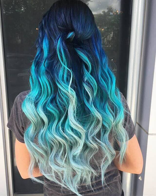 Cool Blue Ombre with Rolled Middle Knot