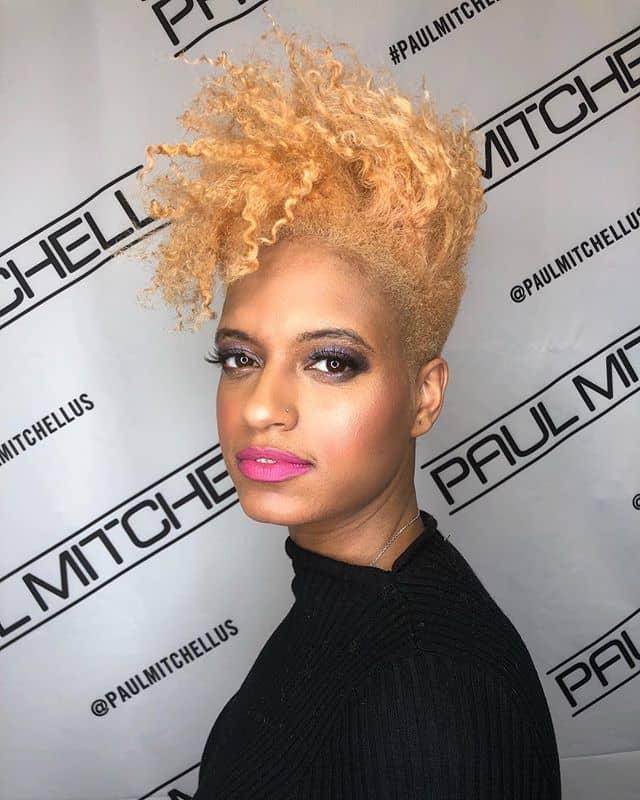 Sky High Extreme Length Platinum Blonde Curls