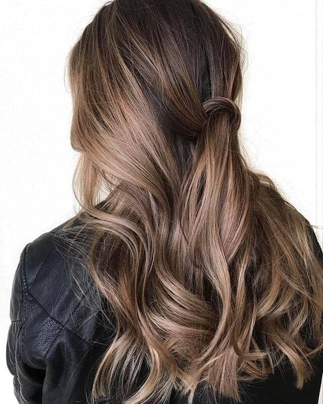 Bouncy Light Brown Waves