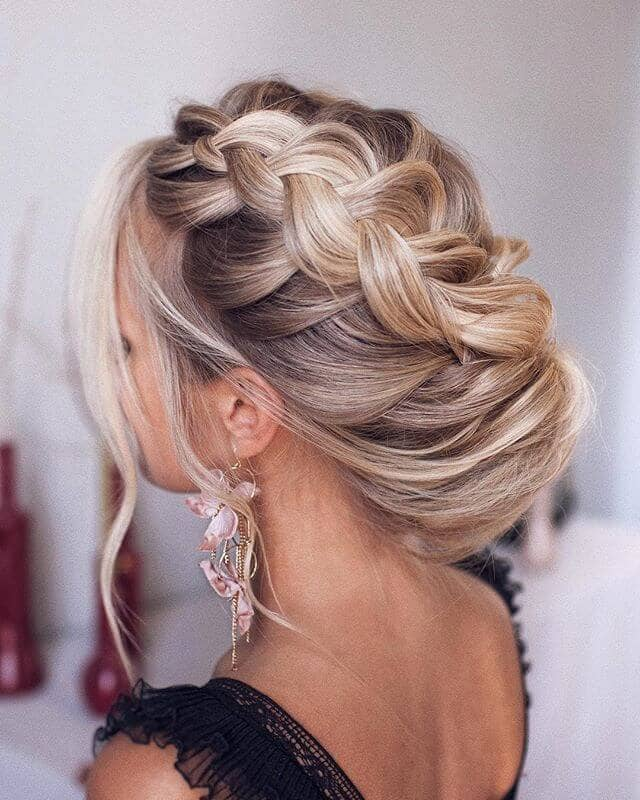 Beautiful Side-Swept Loose French Braid