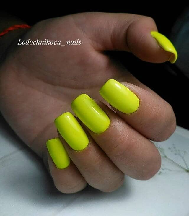 Sexy Neon Yellow Acrylic Nails