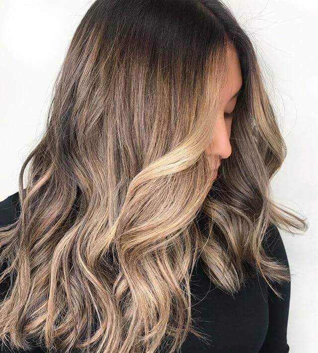 Simple Beachy Cute Easy Hairstyle