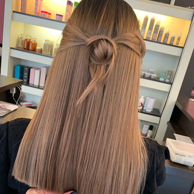 Honey Brown Textured Wavy Hair