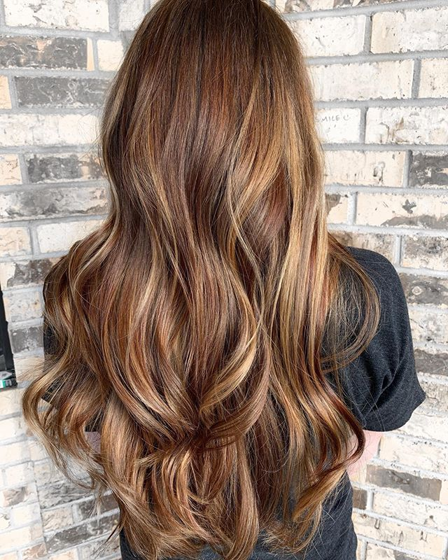 Light Brown And Blonde Ombre With Loose Waves
