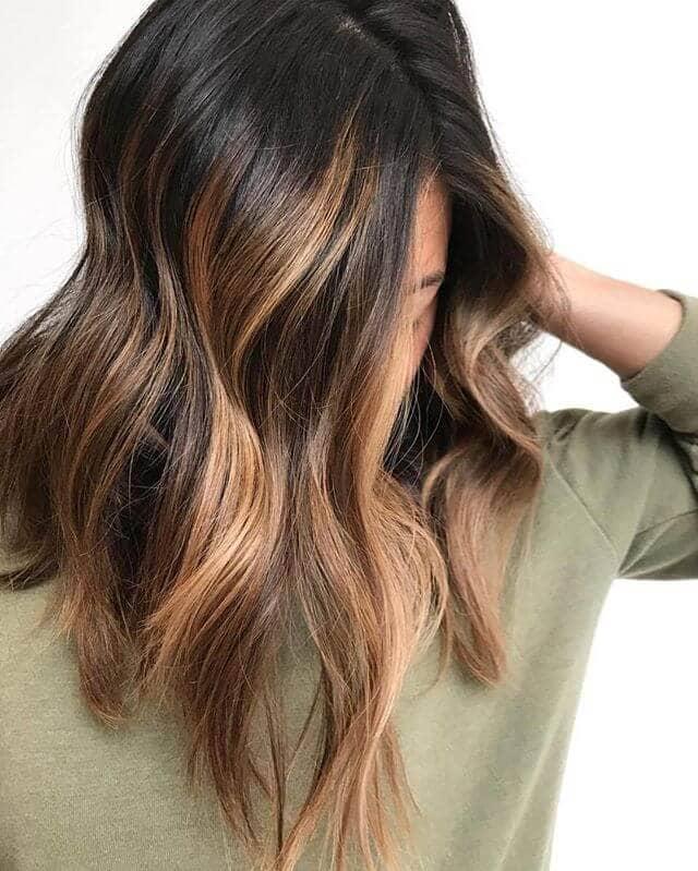 Cute Lob with Reddish Brown Highlights