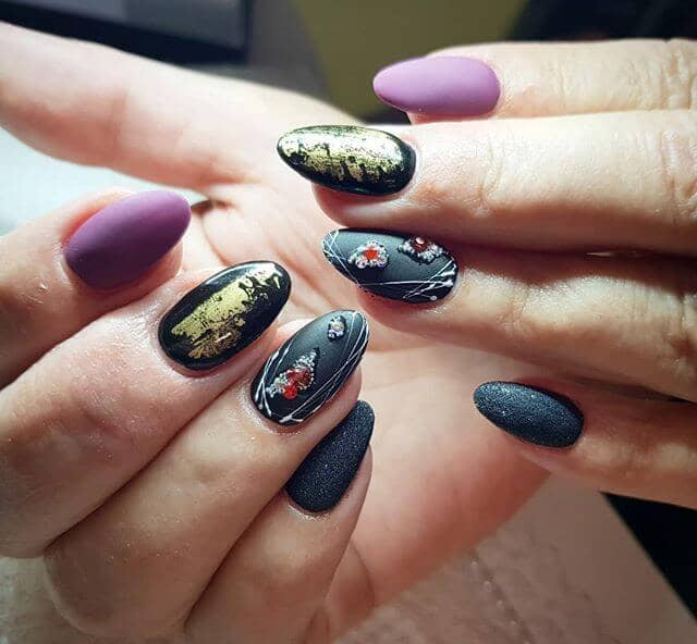Multi-Textured Rocker Nails
