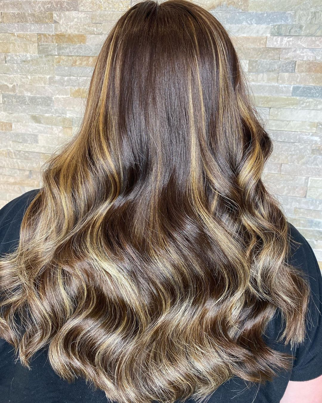 Billowing Brunette Waves with Caramel Babylights