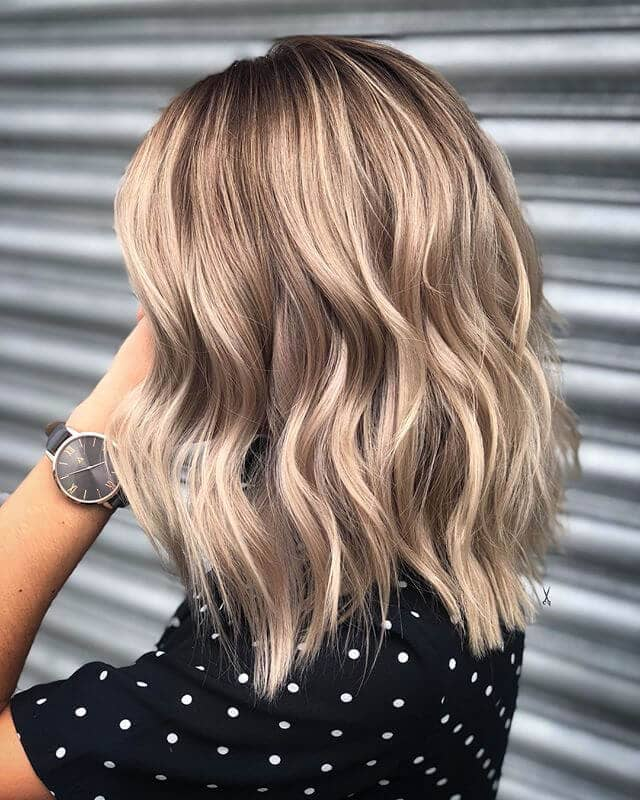 Wavy Long Bob Paired with Long Layers