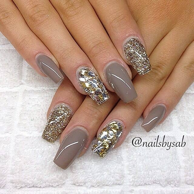 Sparkly Mauve Beautiful Nude Nail Ideas