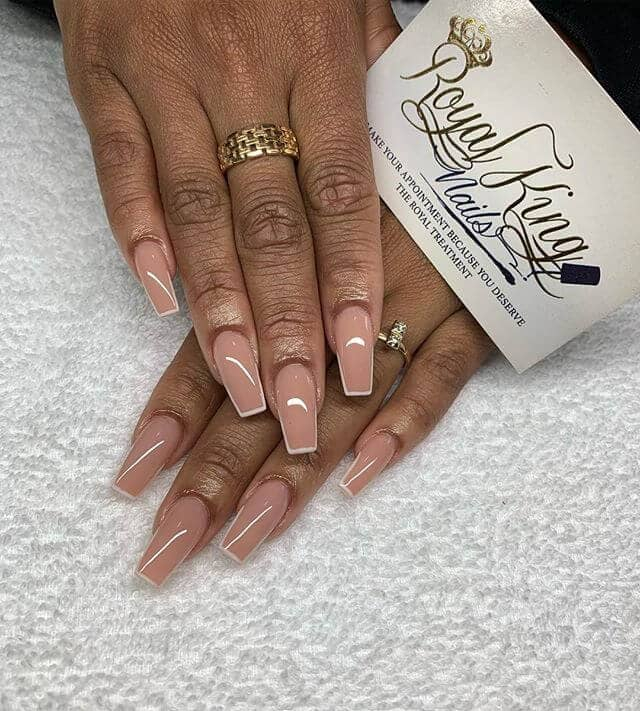 Natural Nailbed-Pink with White Contrast Outlines