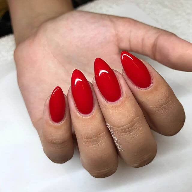 Classic Red with a Point Cute Nails