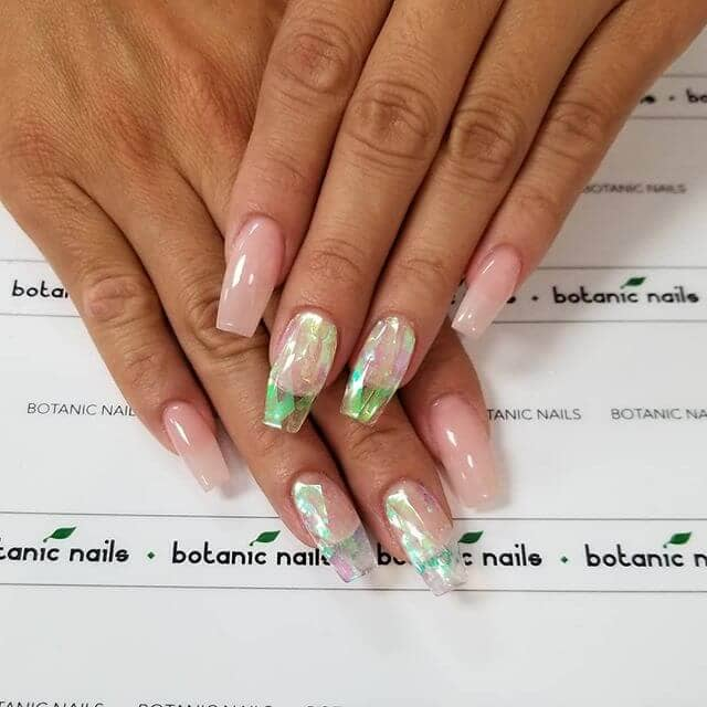 Botanical Insights for a Natural Look Simple Nails