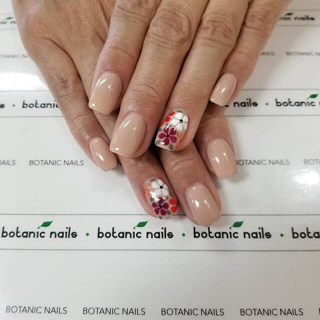 Vintage Flowers for a Perfectly Stellar Look Cute Nails