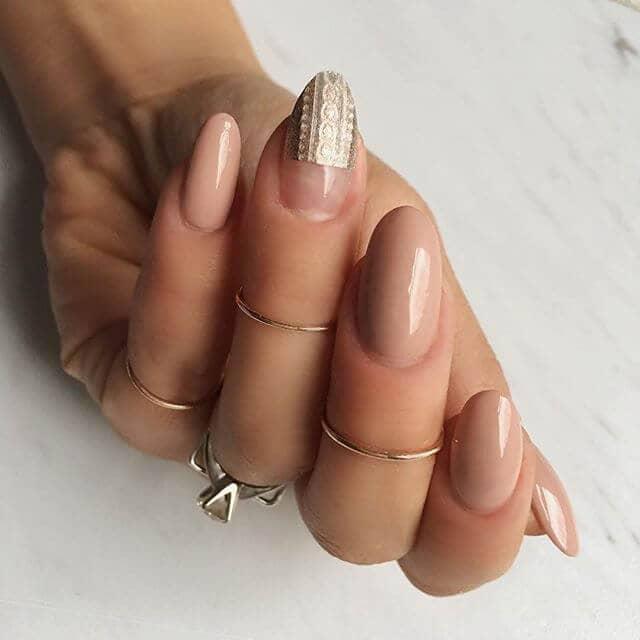 Lust-Worthy Minimalist Nail Trend