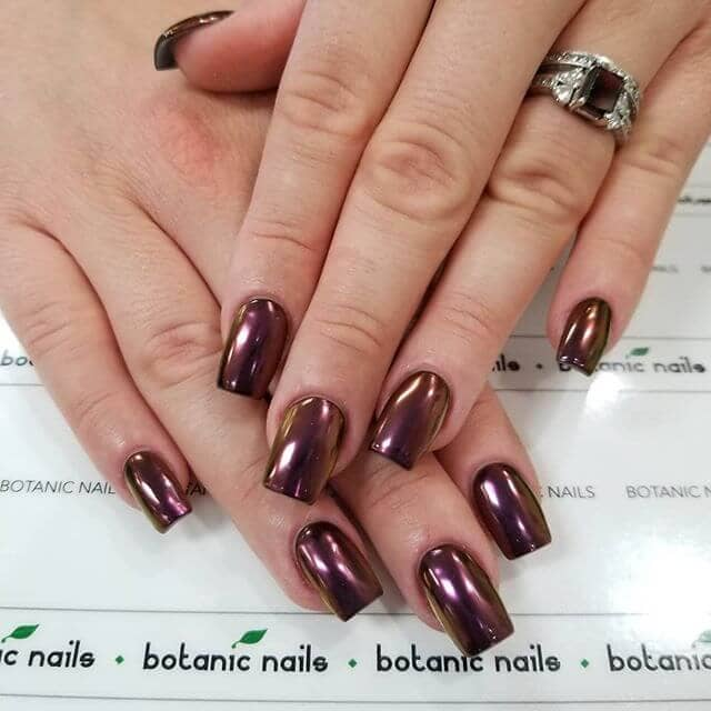 Mocha Red Chrome on Classic Square Nails