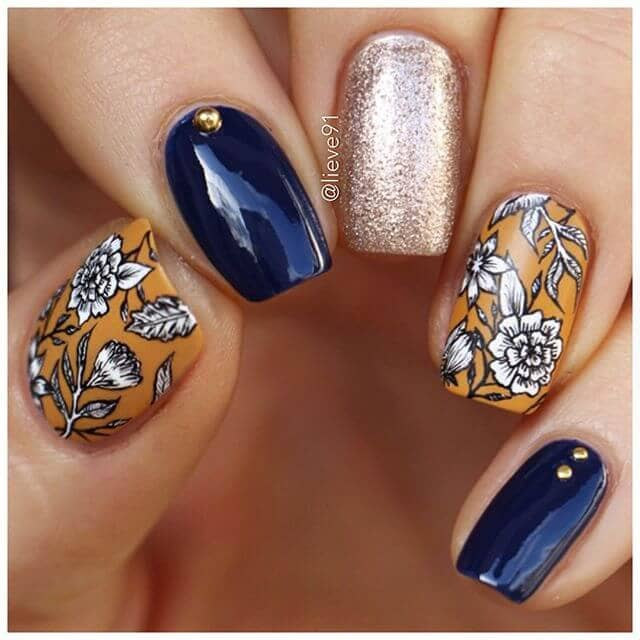 All the Fall Feels w/ this Chic Mani