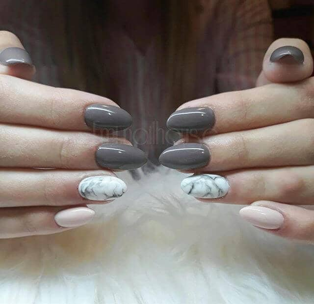 Pretty Pink and Grey Marble Nail Manicure