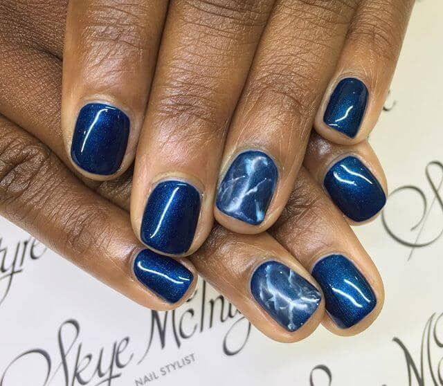 Short Metallic Blue Marble Nail Ideas