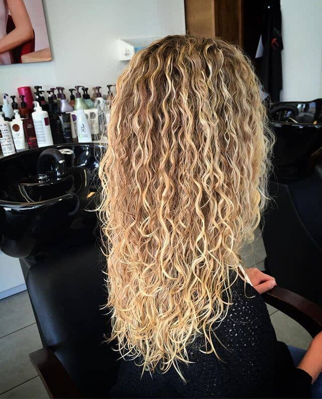 Tightly Crimped Waves with Light Tips