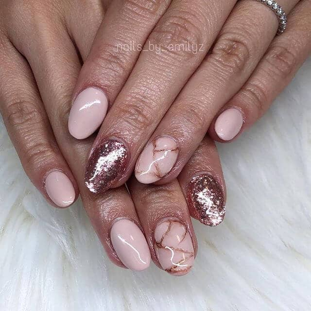 Pretty Glossy Pink and Rose Gold Nail Look