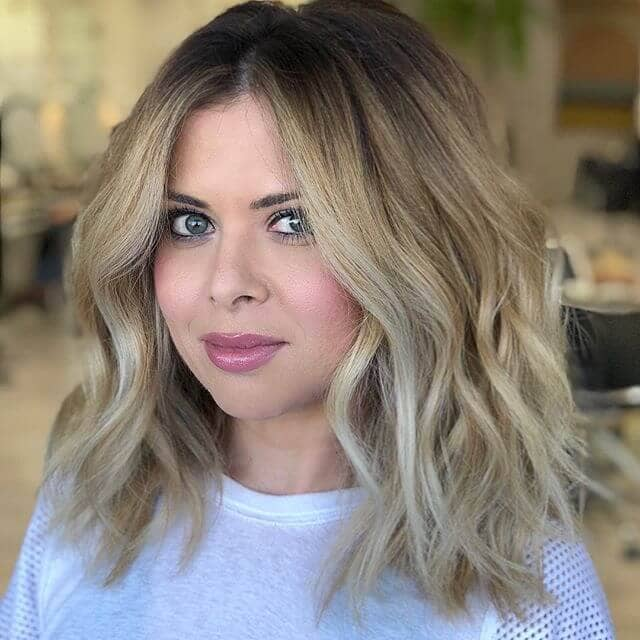 Full and Fabulous Light Blonde Waves