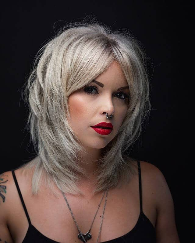 Sleek and Gorgeous Platinum Blond V-cut Tiers
