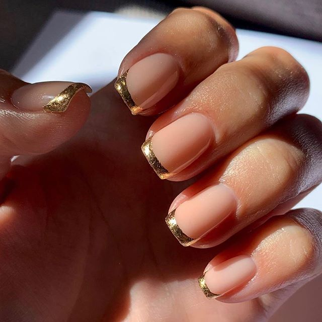 Elegant Golden Edge Nail Design