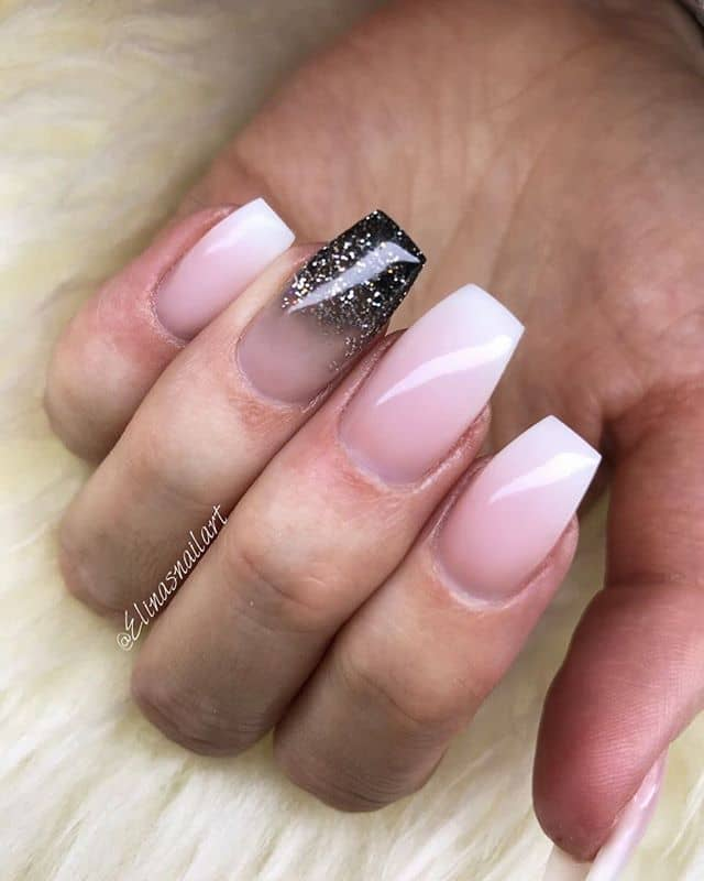Accents on the Ring Fingers