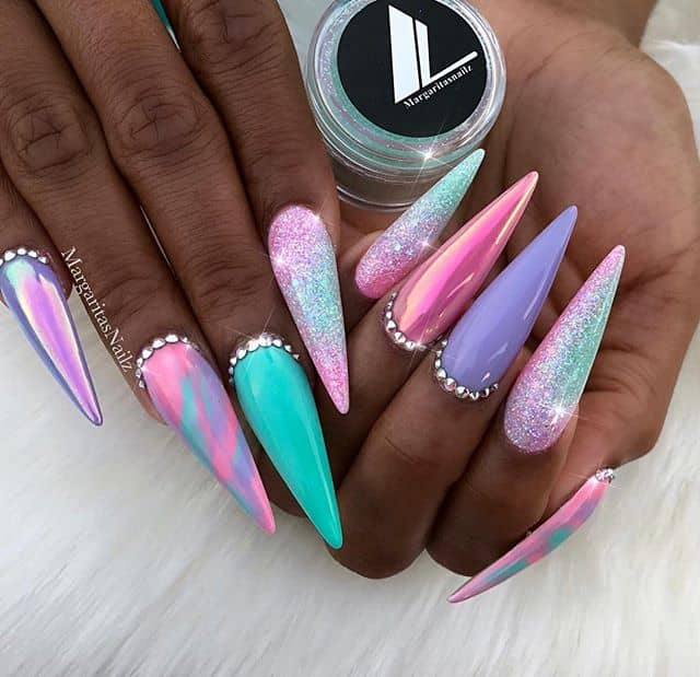 Unicorn Horns with Rhinestone-lined Cuticles