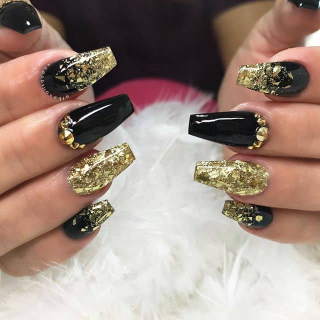 Flat-Tipped Nails With Lots of Bling