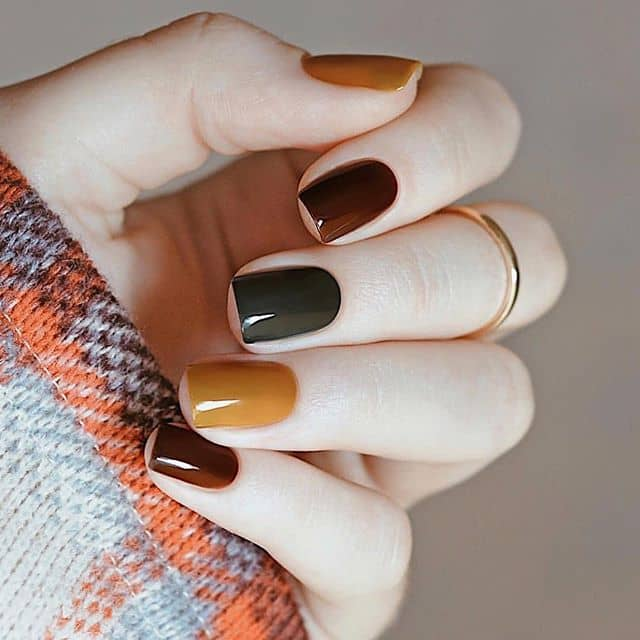 Fall Ready Warm Multi-Shade Mani