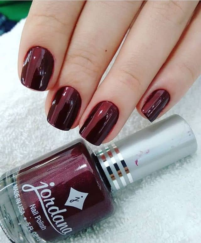 Sparkle and Shine with Solid Deep Red Nails