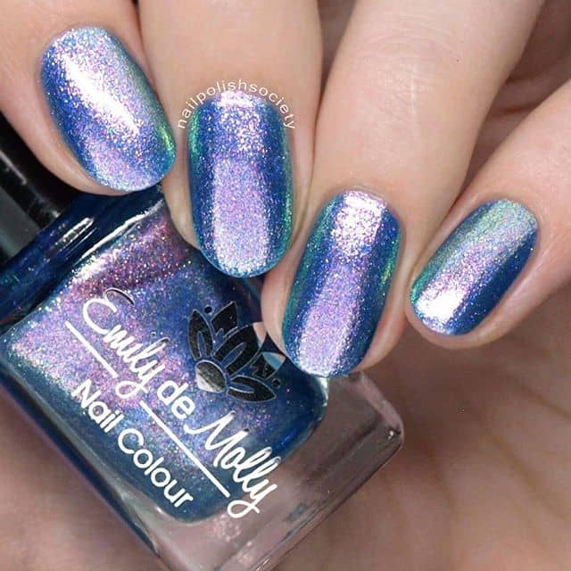 Metallic Oil Slick-Inspired Glitter Nails