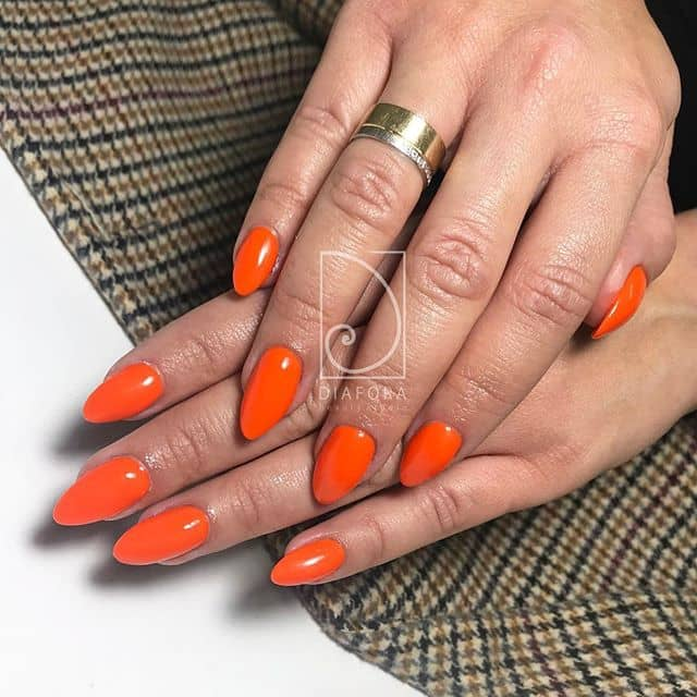 Simple Almond-shaped Neon Orange Gel
