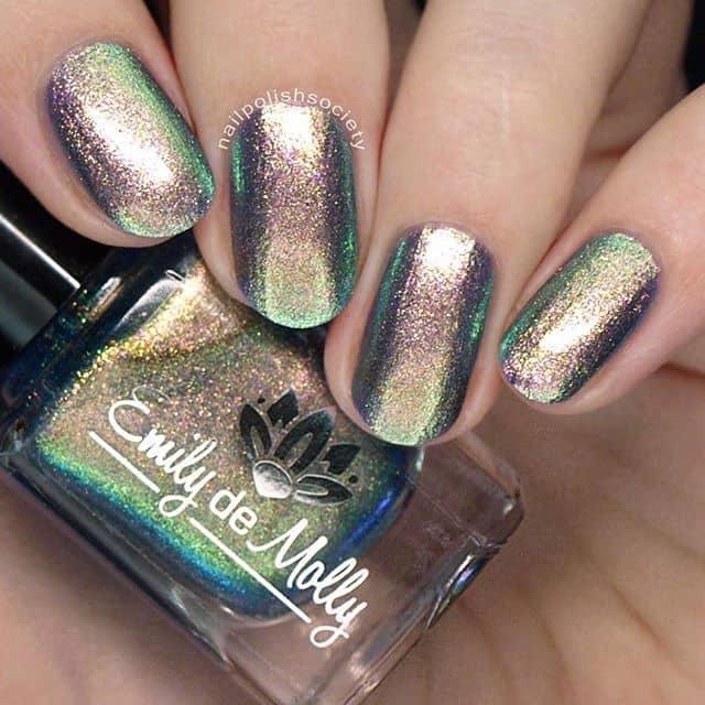 Ombre-Effect Metallic Nail Beauties