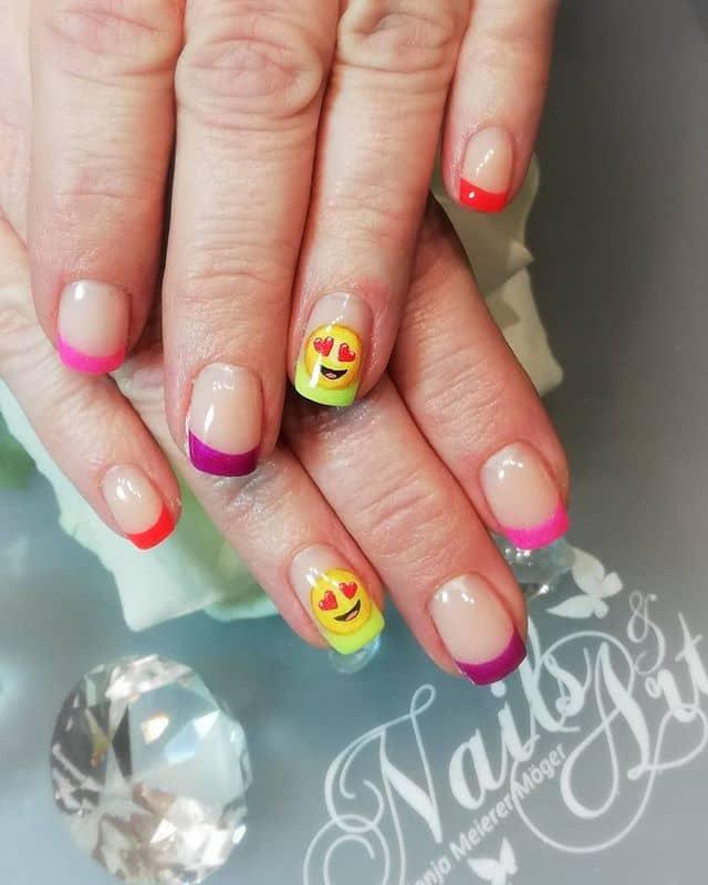 Orange Nails with Golden Circle Décor
