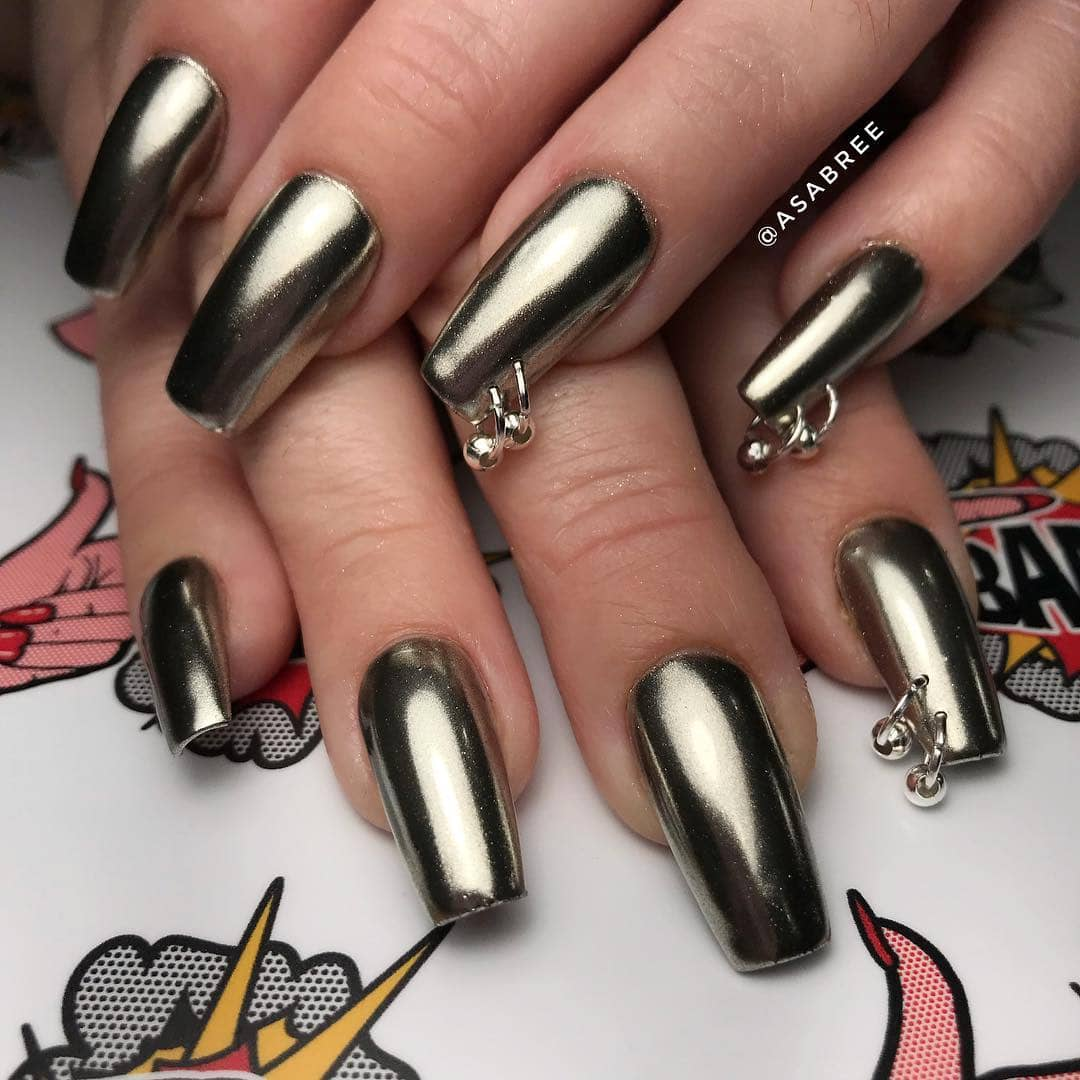 Jingle Jangle Silver Nail Ideas