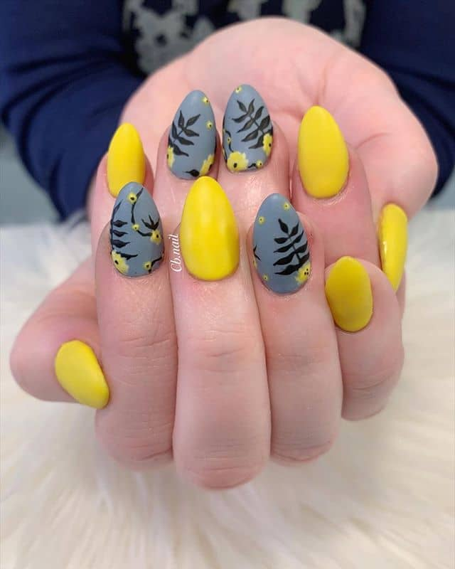 Bold Yellow & Grey Poppy Flower Nails