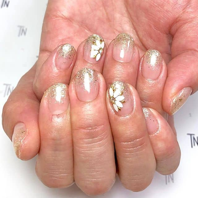 Festive Gold Glitter Flower Nails