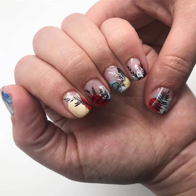 Cool Modern Flower Nail Art
