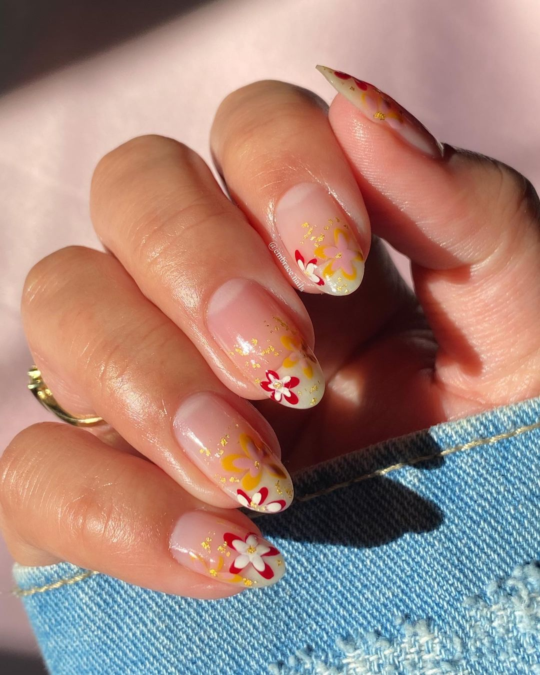 Seventies-Inspired Almond Manicure