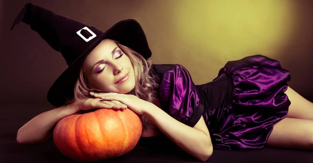 Best halloween witch costume for women